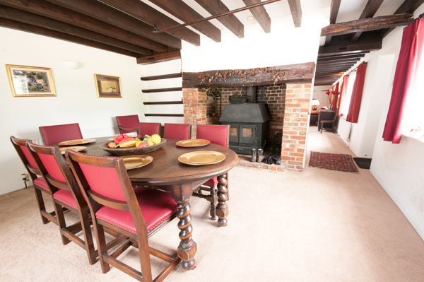 Dining at Meadow Cottage B&B Wimborne