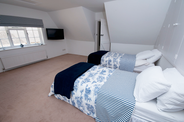 Suite 2 - Business Mid Week B&B nr Bournemouth