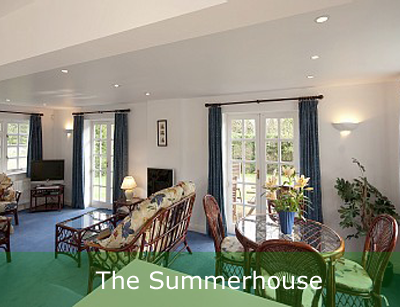 The Summerhouse Thatch Holiday Cottage Dorset & New Forest