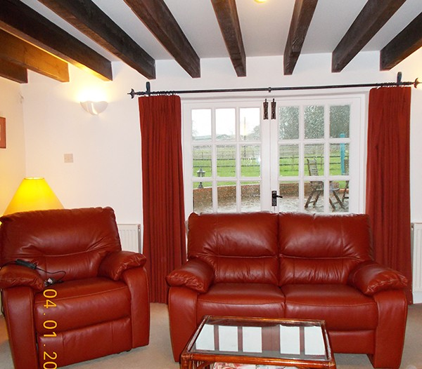 South Wing Holiday Cottage Dorset Lounge